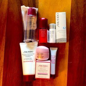 Shiseido White Lucent Cosmetics Travel Essentials